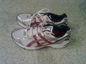 Köln Marathon Schuhe in kölscher Färv